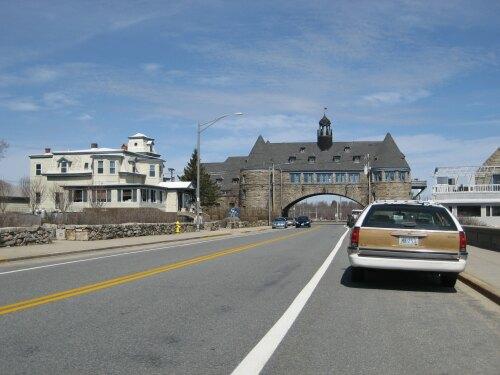 Narragansett United States (US)