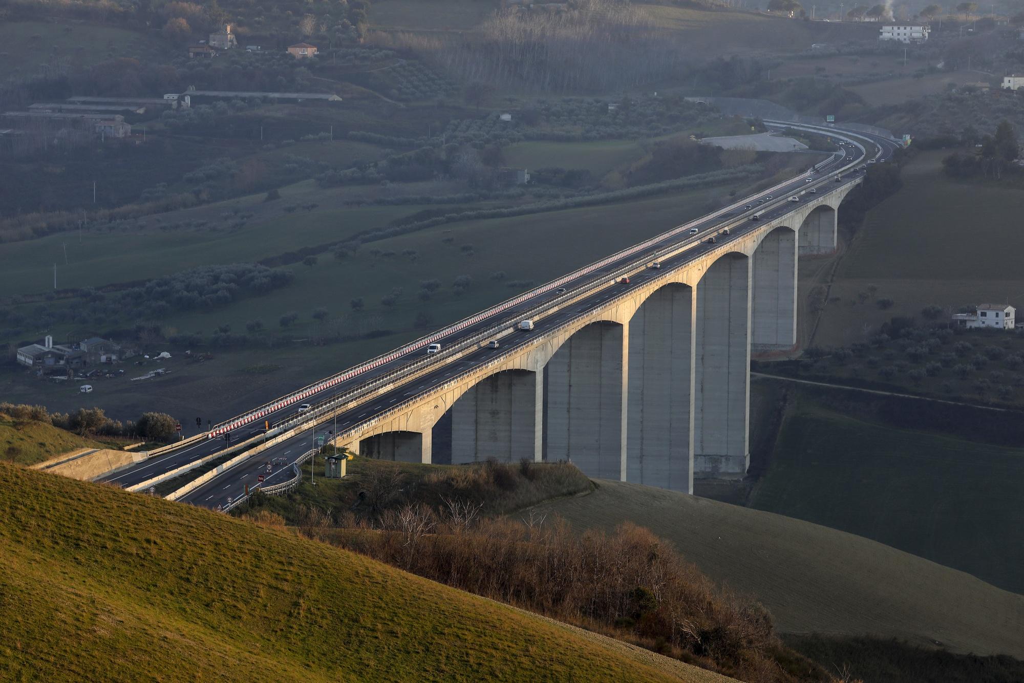 trip to bridge bridges travel planner app