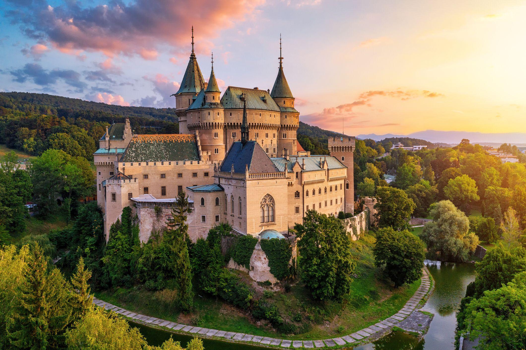trip to castle castles travel planner app