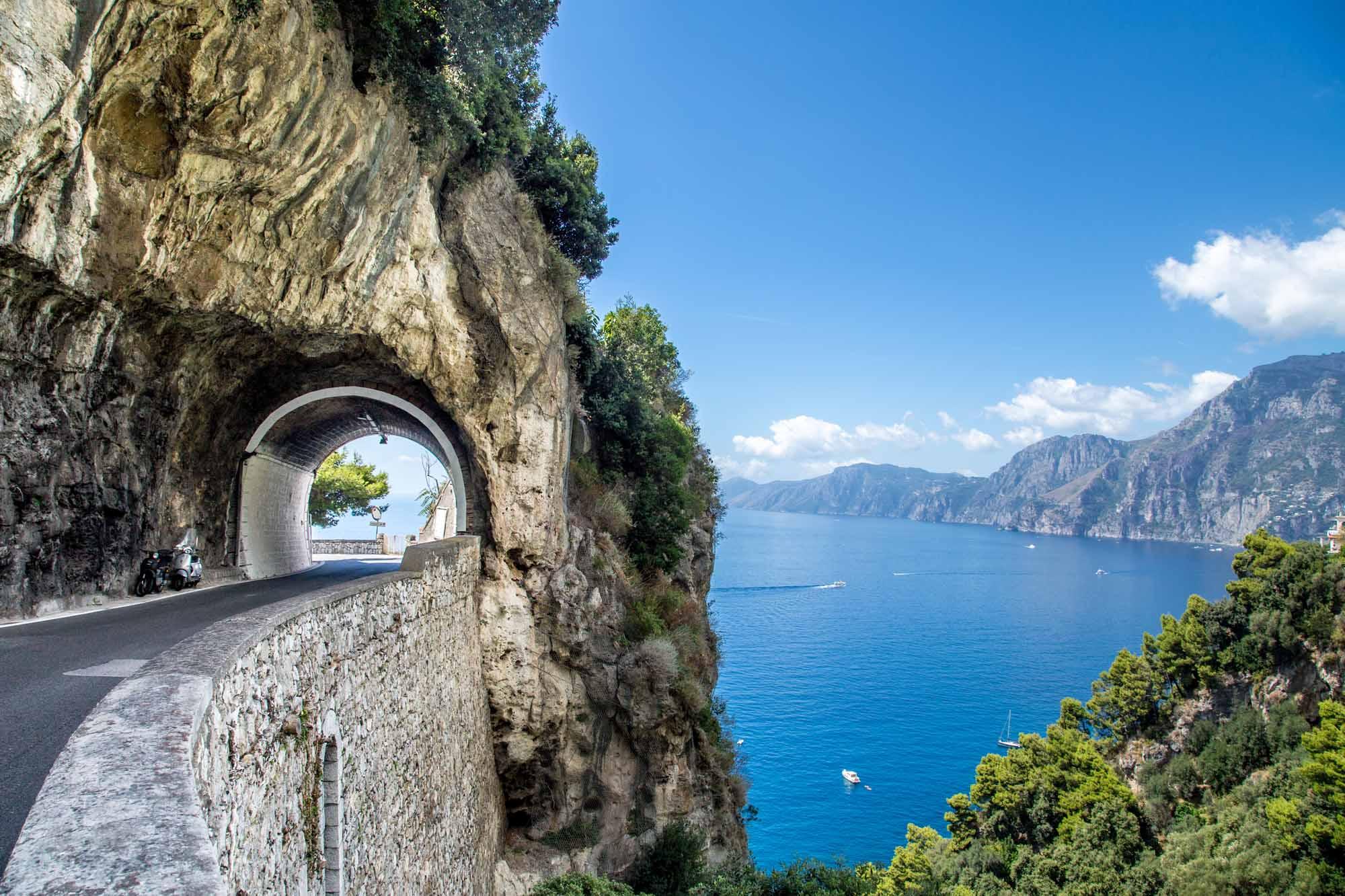 trip to scenic road scenic roads scenic place scenic places scenic view scenic views travel planner app